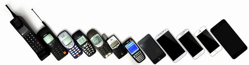 mobiltelefonok fejlődése 1990-2016